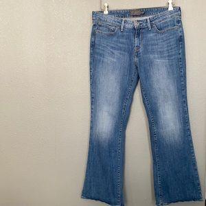 Levi's Slight Curve Classic Bootcut Jeans size 30
